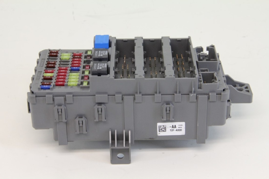 Honda Accord 13 14 15 Sedan Sport A  T Interior Fuse Box 39794