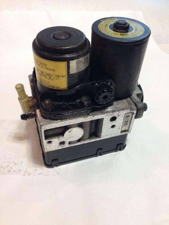 toyota camry hybrid anti lock brake abs pump 4451030270. Black Bedroom Furniture Sets. Home Design Ideas