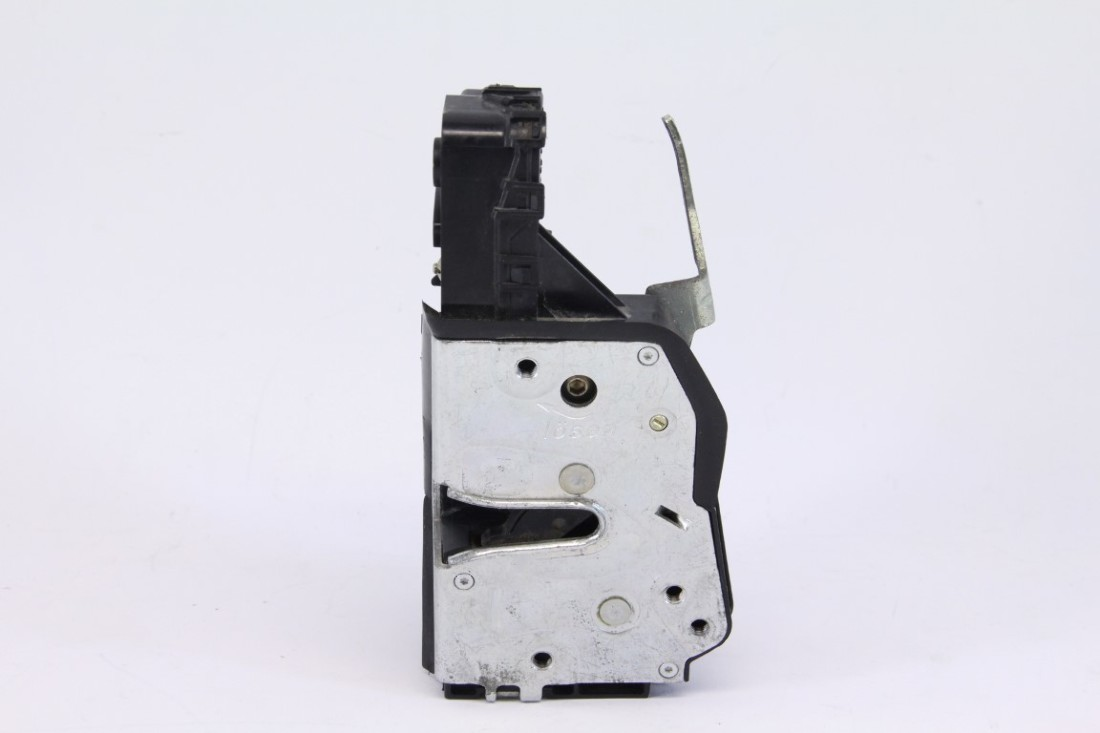 BMW 328i E46 99-00 Front Door Lock Actuator, Right/Pass. Side 51 ...