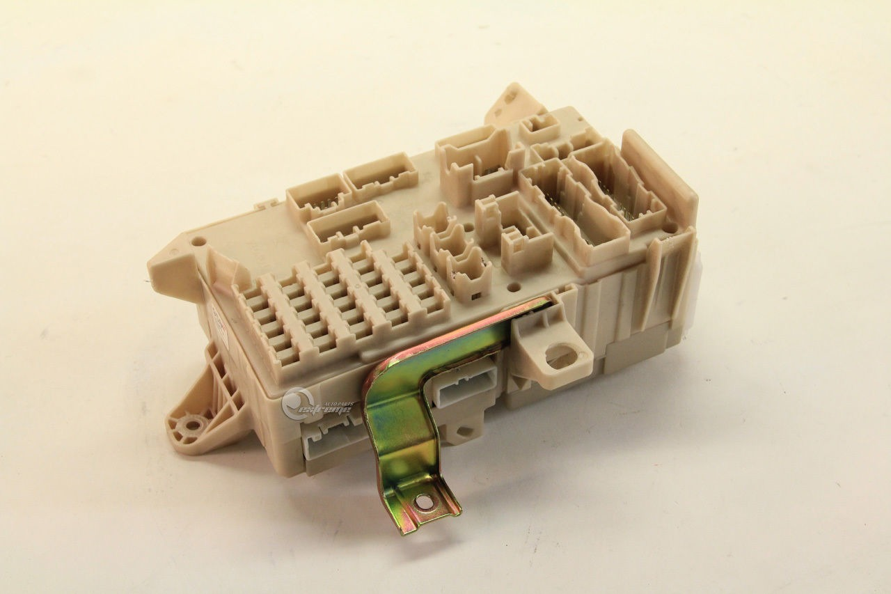 82730 06140 toyota camry 82730 06140 relay fuse box interior under dash 03 04 05 06 toyota camry 82730 06140 relay fuse box, interior under dash 03 04 Toyota Camry Fuse Box Diagram at reclaimingppi.co
