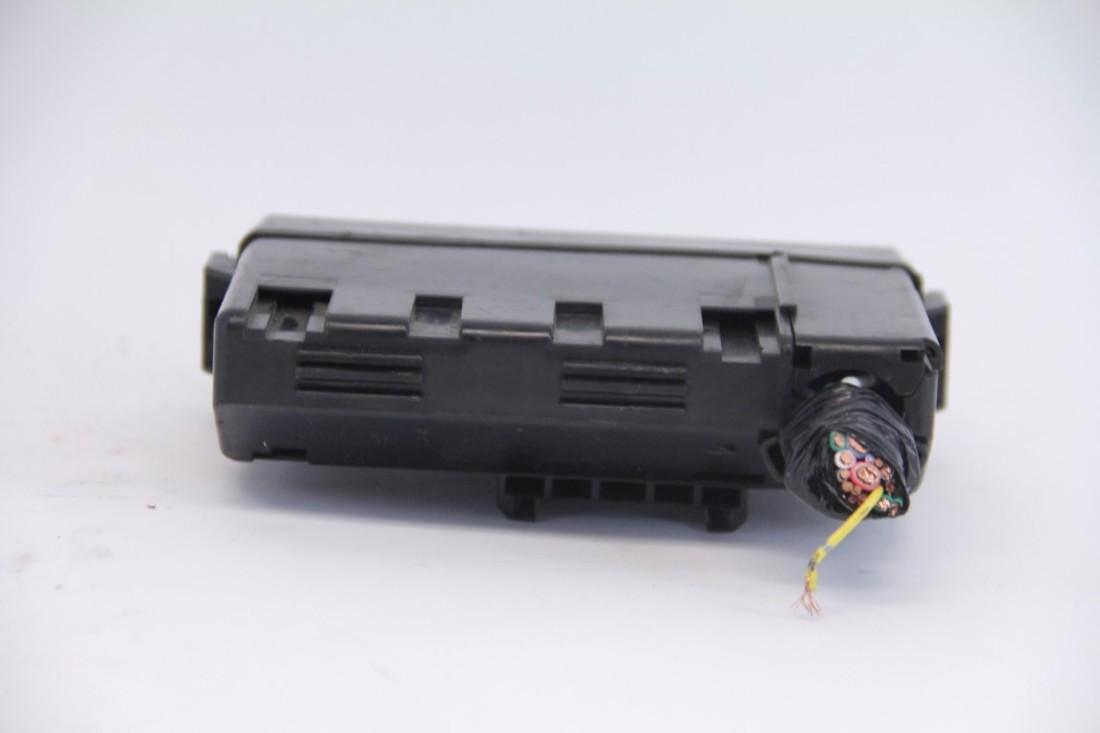 Small Exterior Fuse Box Toyota Highlander 08 09 10 Infiniti Fx35 Black Oem 12