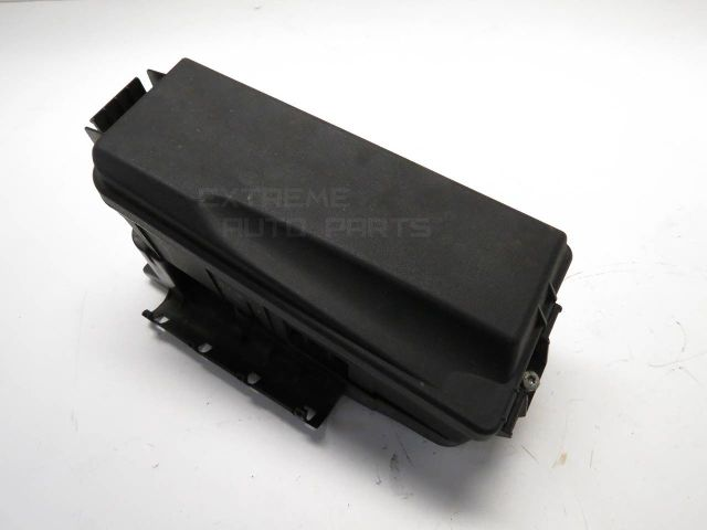 12800998 saab 9 3 sedan 03 05 under hood fuse relay box 20l 12800998 saab 9 3 sedan 03 05 under hood fuse relay box, 2 0l 12800998 oem under-hood fuse/relay box at soozxer.org
