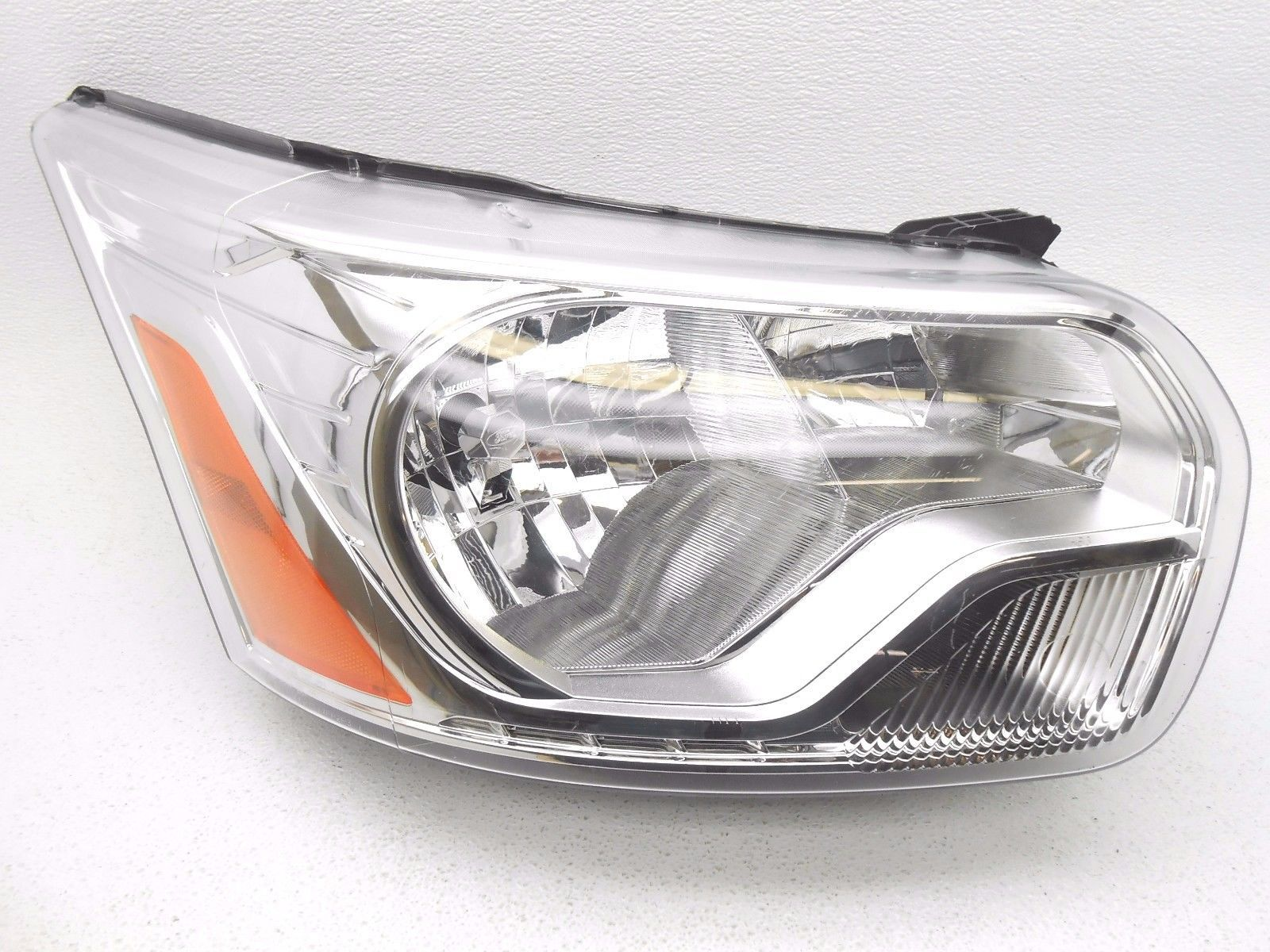 Oem 2015 Ford Transit 150 250 350 Right Headlamp Headlight