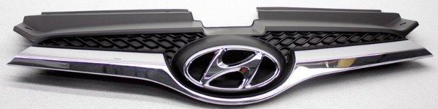 OEM Hyundai Veloster Grille 863502V100