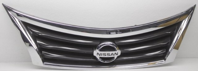 OEM Nissan Altima Sedan Grille Scratches 623103TA0A