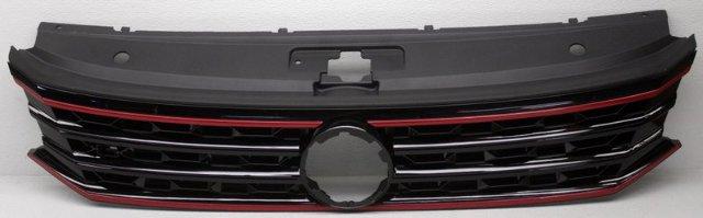 OEM Volkswagen Passat R-Line Grille Scratches 561853651AJCEE