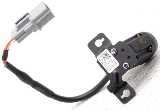 OEM Hyundai Santa Fe Sport Rear Camera 95760 2W641
