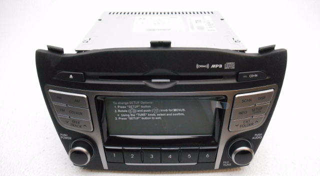 new oem hyundai tucson radio stereo receiver xm mp3 cd. Black Bedroom Furniture Sets. Home Design Ideas