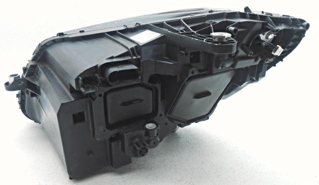 Oem 2015 Mercedes C300 Led Headlamp Housing Repair Tab