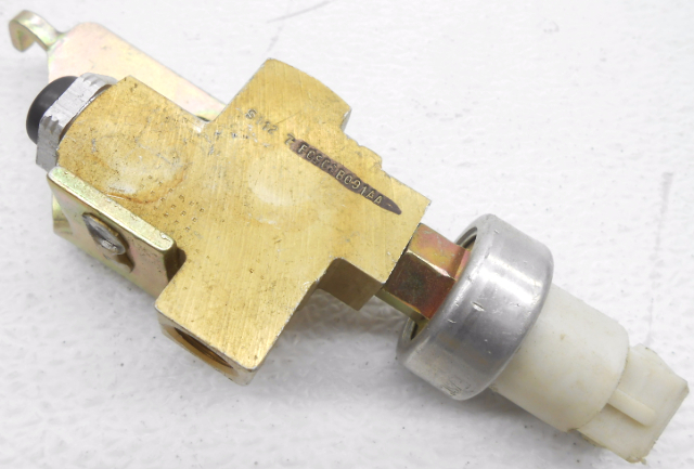 Ford Proportioning Valve Switch : New old stock oem ford thunderbird brake proportioning
