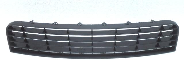OEM Volkswagen Jetta Sedan Lower Center Bumper Grille 1K0 853 677 C 9B9