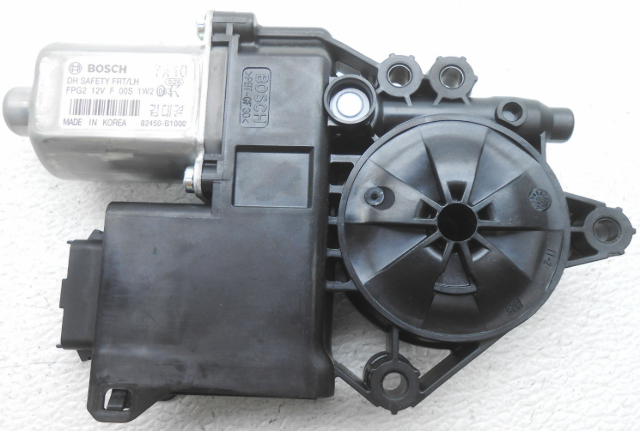 OEM Hyundai Genesis Sedan Front Left Driver Side Power Window Motor 82450-B1000