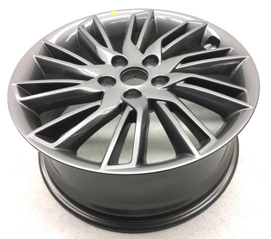 OEM Hyundai Veloster Wheel w/Lug Nuts w/Center Cap 2VF40-AB020
