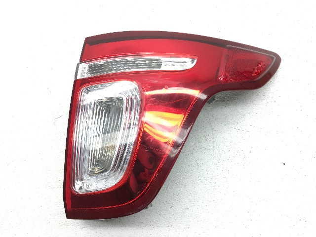 OEM Ford Explorer Rear Passenger Right Tail Light Tail Lamp-2 Lens Crack