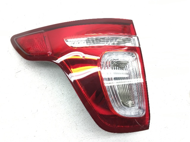 OEM Ford Explorer W/ Police Rear Left Driver Tail Lamp Tail Light-Leaks