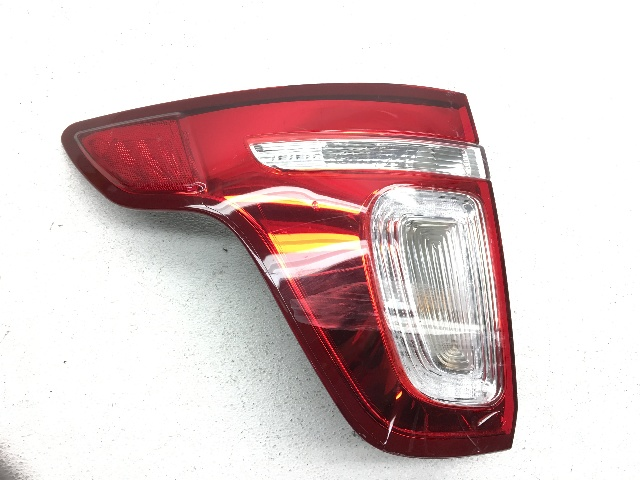 OEM Ford Explorer Rear Left Driver Tail Light Tail Lamp-Minor Lens Crack