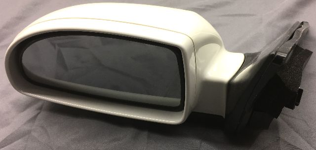 OEM Kia Amanti Left Driver Side Side View Mirror 876103F110