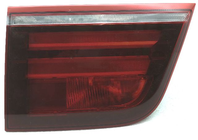 OEM BMW X5 X5M Left Driver Side Gat Mounted Tail Lamp Dust Inside