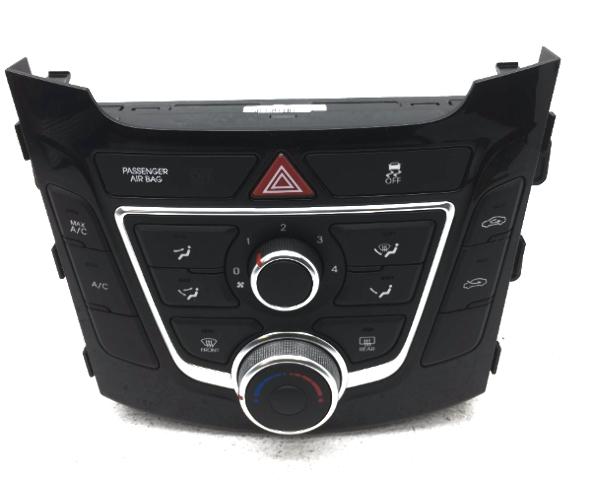OEM Hyundai Elantra GT Manual Temperature Control w/ Knob 97250-A5240
