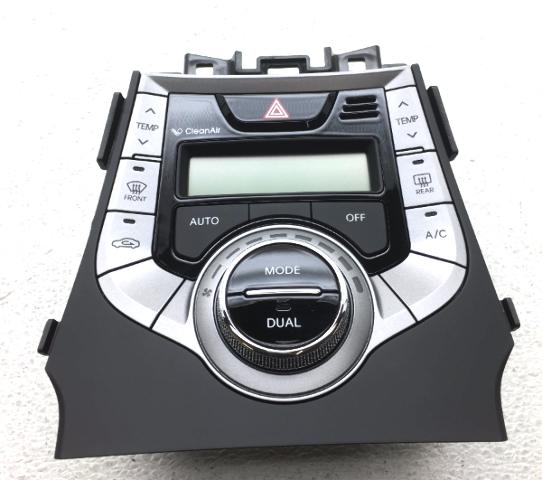 OEM Hyundai Elantra w/ AC Auto Temperature Control 97250-3X790GU