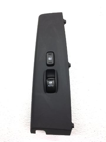 OEM Hyundai Azera Front Right Passenger Door Lock Window Switch 93575-3L100K7