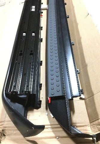 OEM Chrysler Town and Country Volkswagen Routon Running Board Kit