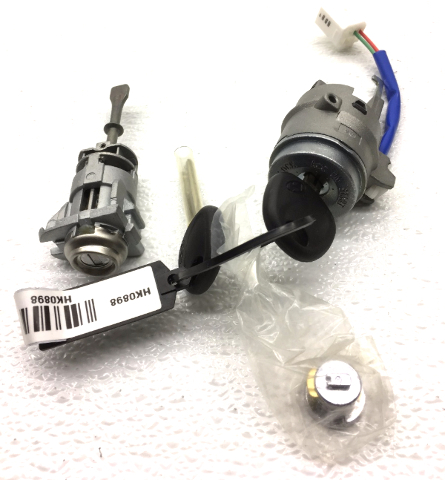 OEM Hyundai Elantra Hatchback Door Lock Ignition Set w/ Keys 81905-2L110