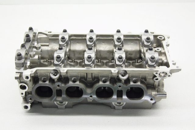 New Old Stock OEM Toyota Corolla Vibe Bare Cylinder Head 88974573
