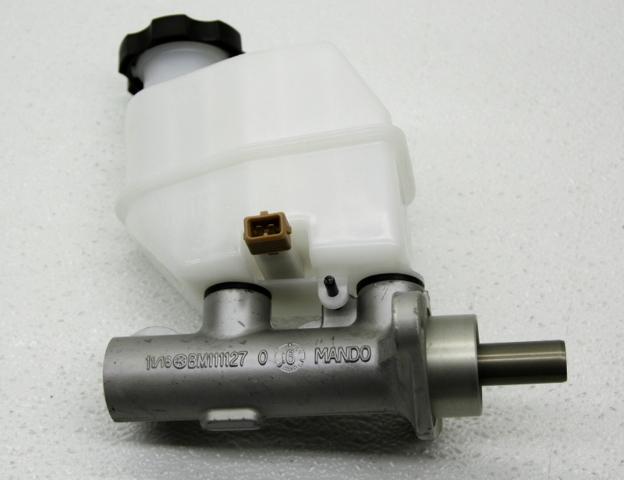 OEM Kia Borrego Brake Master Cylinder 58510-2J100