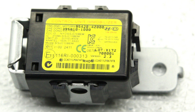 OEM Hyundai Santa Fe Immobilizer Control Module 95420-4Z000