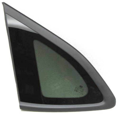 OEM Hyundai Tucson Left Driver Side Quarter Glass 87810-D3010