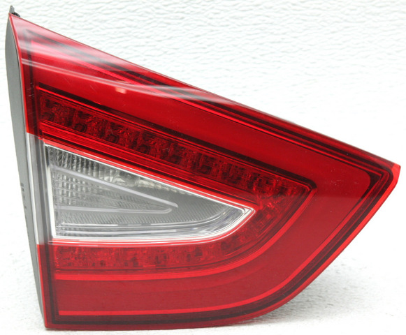 OEM Hyundai Tucson Left Driver Side Tail Lamp 92403-2S520