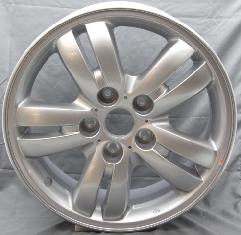OEM Hyundai Tucson 16 inch Alloy Wheel 52910-2E220