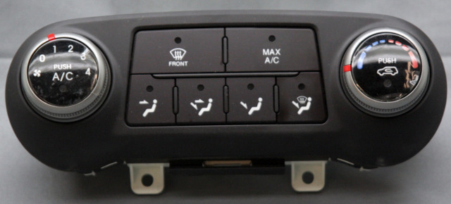 OEM Hyundai Tucson Temp Control 97250-2S020TAP