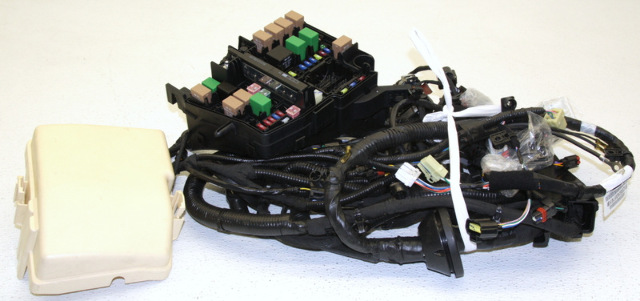 oem hyundai sonata 2 4l engine wire harness 91200 3q074. Black Bedroom Furniture Sets. Home Design Ideas