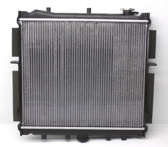 New Old Stock OEM 2002 Kia Sportage Radiator 0K048-15200