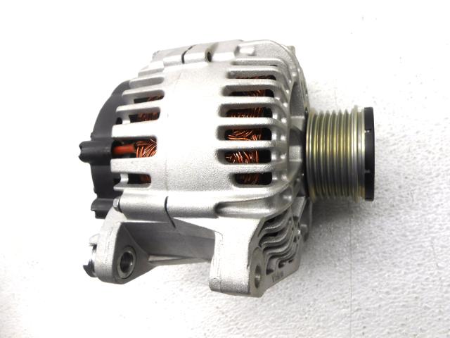 OEM Kia Optima Turbo Sonata Sorento 2.4L Engine Motor Alternator 37300-2G600