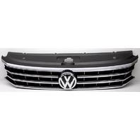 OEM Volkswagen Passat Grille Scratches Small Crack 561853651GNLB