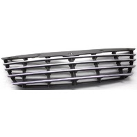 OEM Chrysler Grand Voyager Grille Scratches 04857804AB