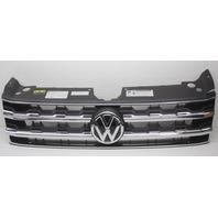 OEM Volkswagen Atlas Grille w/Non-Adaptive Cruise Emblem 3CN853651 Trim Cracked