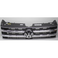 OEM Volkswagen Atlas Grille w/Non-Adaptive Cruise Emblem 3CN853651 Crack
