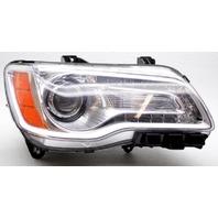 OEM Chrysler 300 Right Passenger Side Halogen Headlamp Lens Flaw