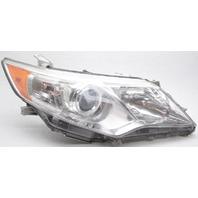 OEM Toyota Camry Right Passenger Side Headlamp Lens Chip
