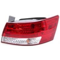 OEM Hyundai Sonata Right Passenger Side Tail Lamp Lens Chip 924020A000
