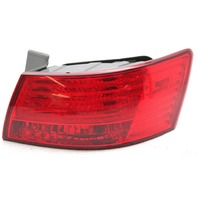 OEM Hyundai Sonata Outer Right Passenger Side Tail Lamp 92402-0A500 Lens Chip