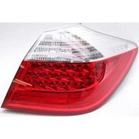 OEM Hyundai Genesis Sedan Right Passenger Side Tail Lamp 92402-3M050