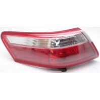 OEM Toyota Camry Left Driver Side Tail Lamp Lens Flaw 81560-06240