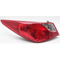 OEM Hyundai Sonata Left Driver Side Halogen Tail Lamp 924013Q000 Lens Chip