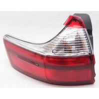 OEM Toyota Sienna Left Driver Side Tail Lamp 81560-08050 Lens Chipped