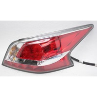 OEM Nissan Altima Outer Right Passenger Side Tail Lamp 26550-9HM2A Chipped
